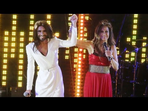 Anna Vissi feat. Conchita Wurst - Everything, Jackie O' Beach, Mykonos, 26/07/2014 [fannatics.gr]