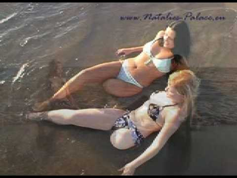2 female leg amputees at the beach both lak Video