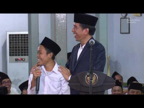 Presiden Jokowi & Santri