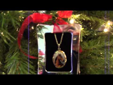 Jewelry Decorated Christmas Tree