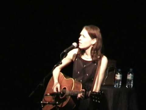 Gillian Welch - I Had A Real Good Mother And Father