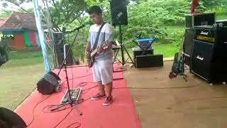 Different skatepunk - Dewi (cover treesixty)