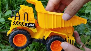 Learn Car Name With Car Toys for Children School Bus Animal Car Carrier Jeep for Kids