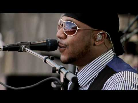 Traveling Shoes -- Robert Randolph & The Family Band Live From Crossroads Guitar Festival 2010