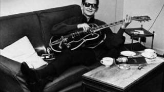 Watch Roy Orbison Old Love Song video