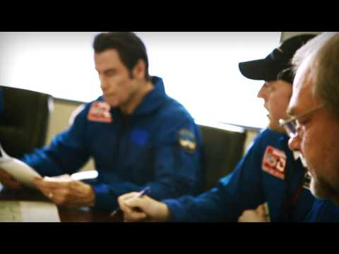 John Travolta Experiences the New Challenger 350 Aircraft