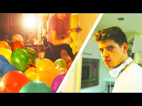 *INSANE* BALLOON PRANK ON MY BROTHERS ROOM!
