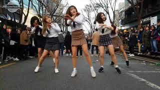 Nhóm nhảy nữ sinh cực sung làm náo loạn đường phố
