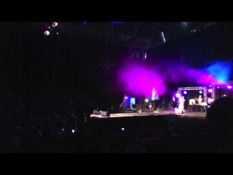 Hard Kaurs Concert - performing Char Baj Gaye