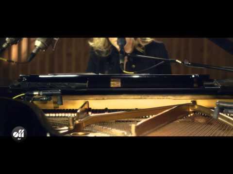 Diana Krall - Wallflower (Session Off TV)