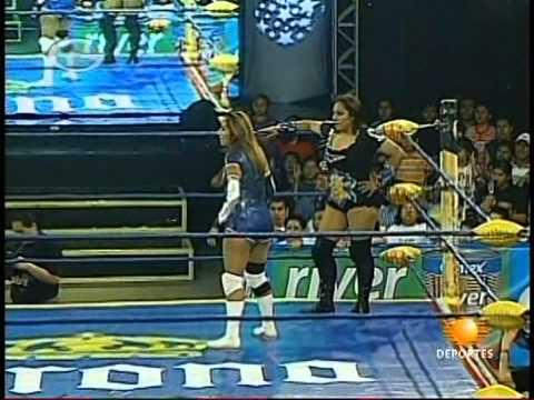 AAA: Fabi Apache, Mari Apache vs. Sexy Star, Cinthia Moreno, 2009/10/09