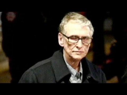 وفاة المخرج المسرحي والسينمائي مايك نيكولز