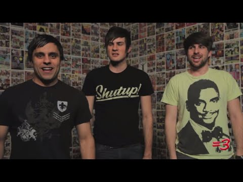 Fun Videos Friday: The Hobbit, the NFL, and Ray William Johnson vs. SMOSH