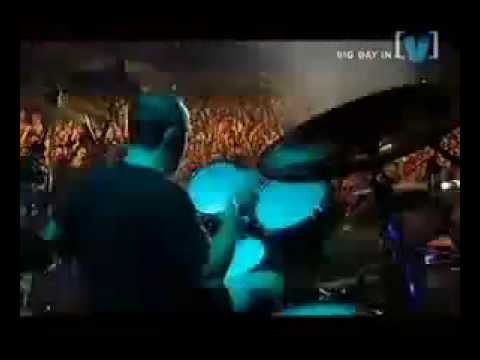 Metallica - For Whom The Bells Tolls (Live @ Big Day Out, 2004)