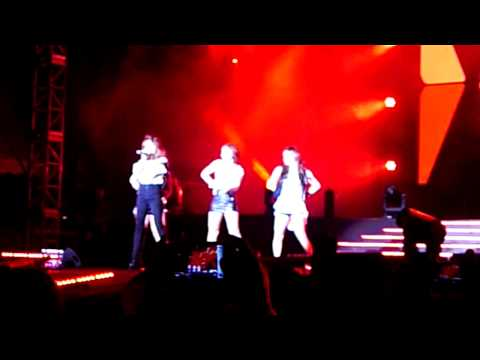 4 Minute - I My Me Mine  Korean Music Wave 2011 Live In Malaysia video