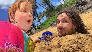TRAPPED IN THE SAND!! Adley Buried me at the beach LAST DAY in Hawaii
