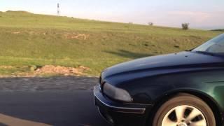 mercedes benz E320 4Matic vs BMW 530