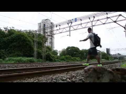 Zee24taas: Reality Behind Kick Movie Train Stunt video
