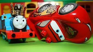 Thomas Crash and cars Lightning McQueen vs Hot Wheels Thomas And Friends