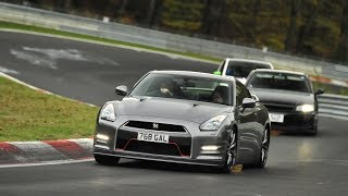 Download CHASING A NISSAN R34 AND R35 GT-R 3Gp Mp4