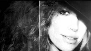 Watch Carly Simon Love You By Heart video