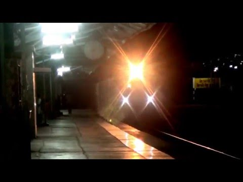 Single Electric Freight Crossing Dual Diesel Express!!!!!