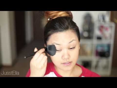 REVIEW First Impression Glo Minerals Luxe Liquid Foundation
