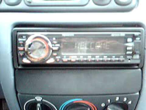 AUTORADIO AM/FM RDS CD CDR CDRW MP3 BLUETOOTH 4X40W LECTEUR SD USB
