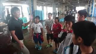 川平小学校5年生がセリを見学