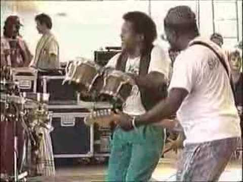 Curtis Mayfield, moves on up in the Haque 1987 Parkpop