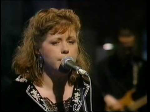 Kirsty Maccoll - Dont Come The Cowboy
