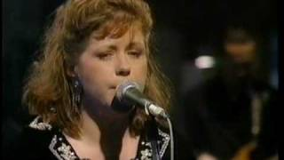 Watch Kirsty MacColl Dont Come The Cowboy With Me Sonny Jim video