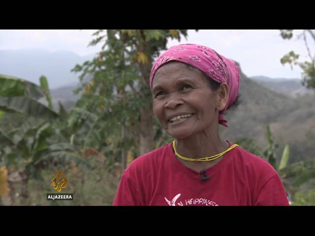 Grandmas bringing light to Philippine villages
