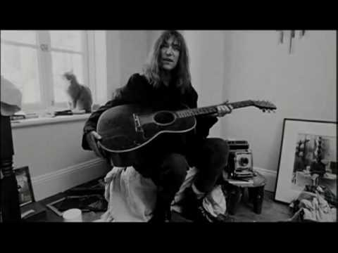across the movies   PATTI SMITH DREAM OF LIFE gioved 14 gennaio cinema eliseo cesena