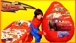GIANT EGG SURPRISE OPENING Disney Cars Toys Lightning McQueen Kids Video Super Giant Surprise Egg