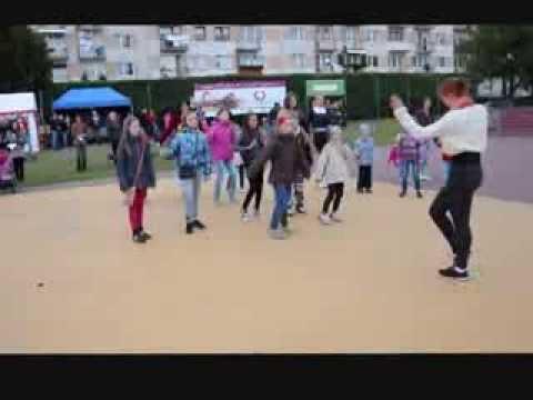 Nauka Tańca Z Panią Weroniką Koziarz - Dygulską Podczas Dni Kultury Połanieckiej
