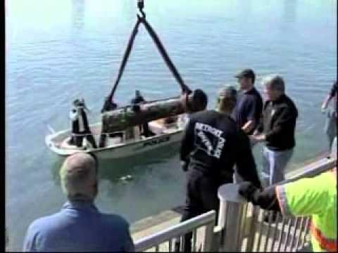 CTV Michelle Maluske story on Detroit River cannon 10-5-2011.wmv