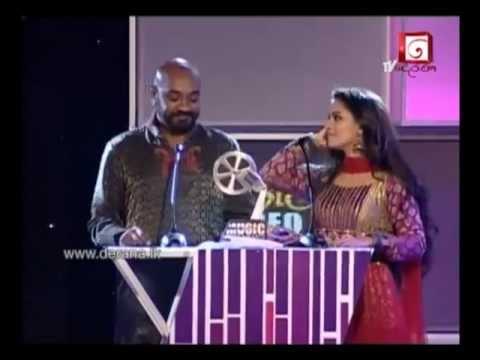 Pooja Umashankar At Derana Music Video Awards 2011 International Collaboration Award video