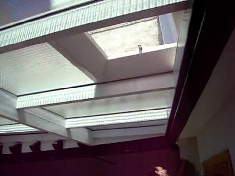 Curvados aljarafe techo cl sico con claraboya avi youtube for Persianas para claraboyas