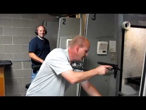 Full Auto Glock 19 at Bullseye Shooting Range