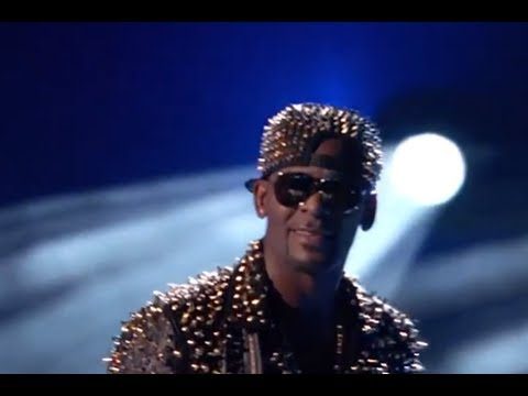 R Kelly BET AWARDS 2013 Performance: Bump and Grind, Ignition, When A woman's Fed Up & More LIVE!!!