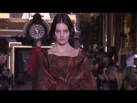 Stella McCartney |  Fall Winter 2014/2015 Full Fashion Show | Exclusive Video