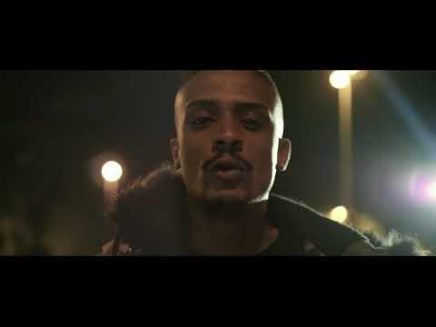 Politico bastardo [official video] Kevin key rap napoli