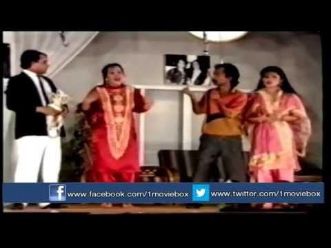 Hamsa Ho Tou Samne Aaye - Umar Sharif - Full Pakistani Comedy Stage Drama video