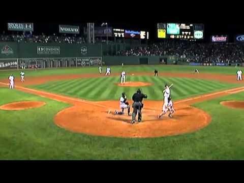 Ellsbury steals home against the Yankees.