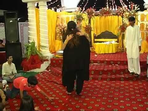 Shishi Bhari Gulab Ki