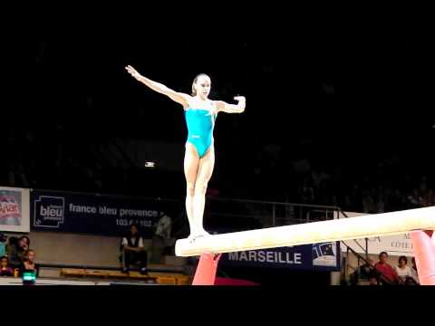 Kaitlyn Hofland CAN - Massilia 2011 Beam