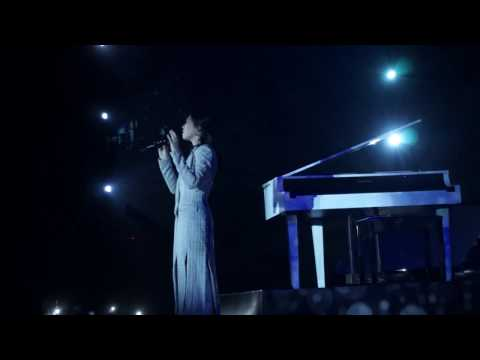 Isyana Sarasvati - Tegar (Konser Rossa - The Journey Of 21 Dazzling Years)