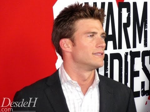 Scott Eastwood - Warm Bodies Red Carpet (Memorias de un Zombie Adolescente/Mi Novio es un Zombie)