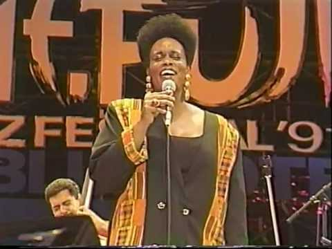 Dianne Reeves - How High The Moon